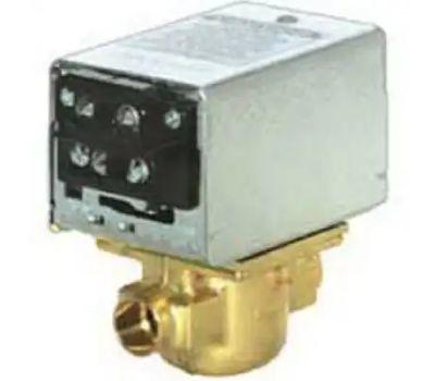 Ademco V8043F1036 3/4 Inch Sweat Zone Valve